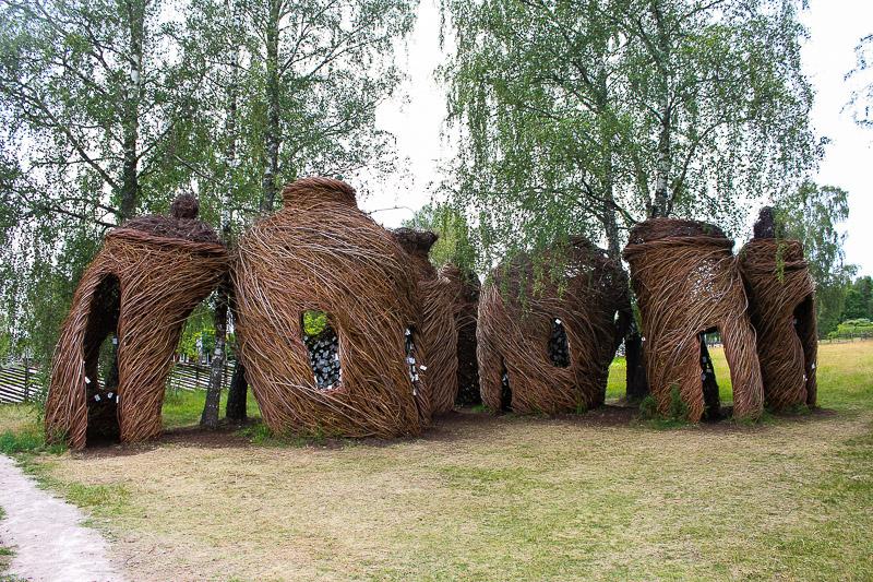 Geflochtene Huetten in Vimmerby Naes