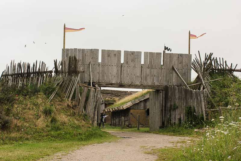 Eingang zum Wikingerdorf Foteviken