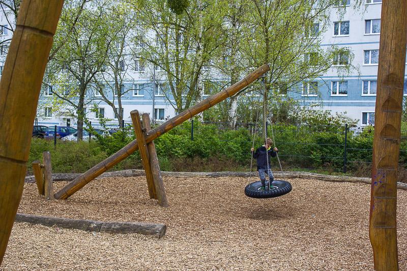 Reifenschaukel-Spielplatz-Schweizer-Eck-Luebbenau-Spreewald.
