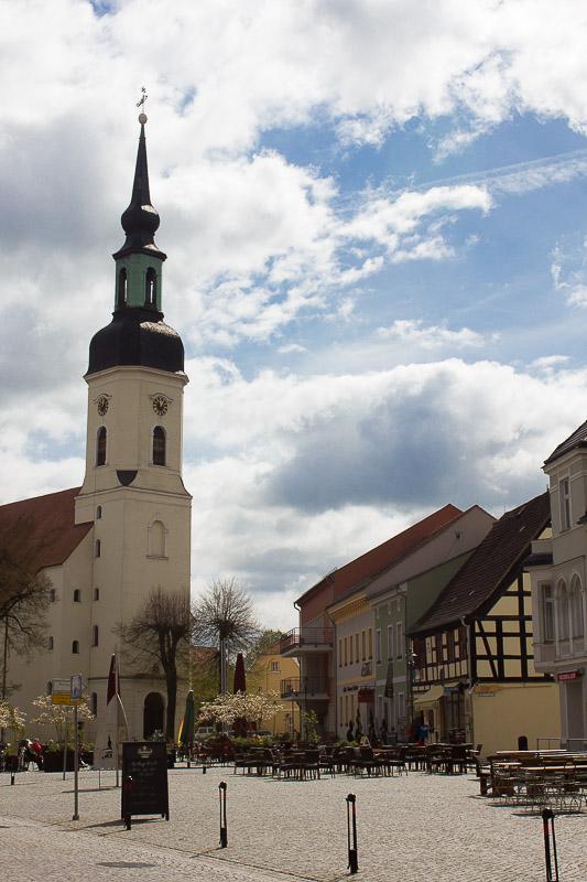 Luebbenauer-Marktplatz und Nikolaikirche