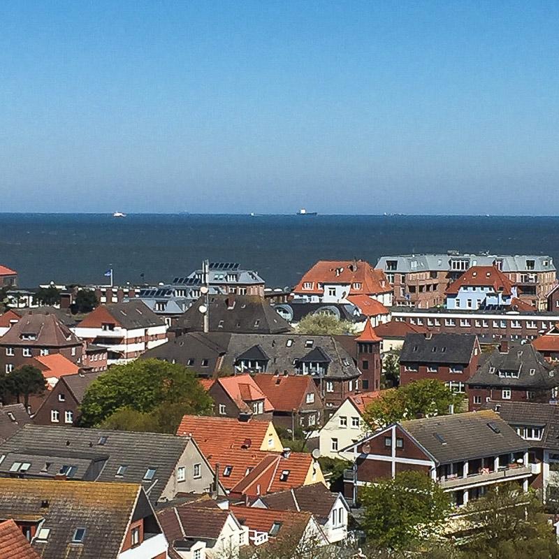 Aussicht vom alten Leuchtturm auf Wangerooge.