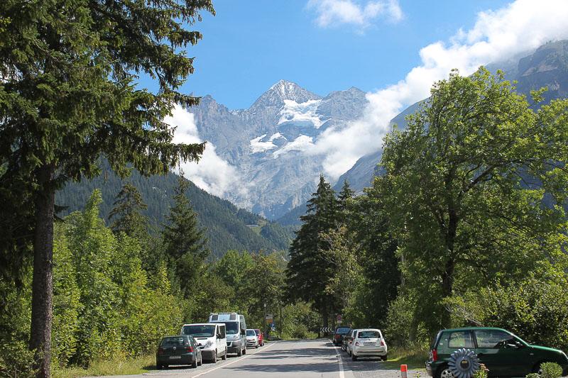 Bus in Kandersteg im Berner Oberland in der Schweiz.