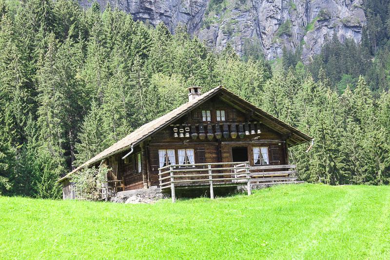Almhaus im Berner Oberland in der Schweiz.