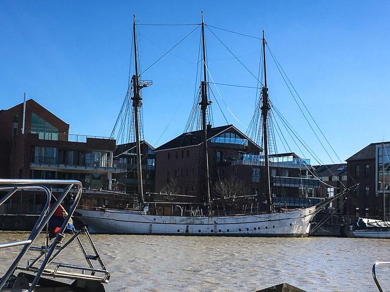 Leer an der Leda- Segelschiff.