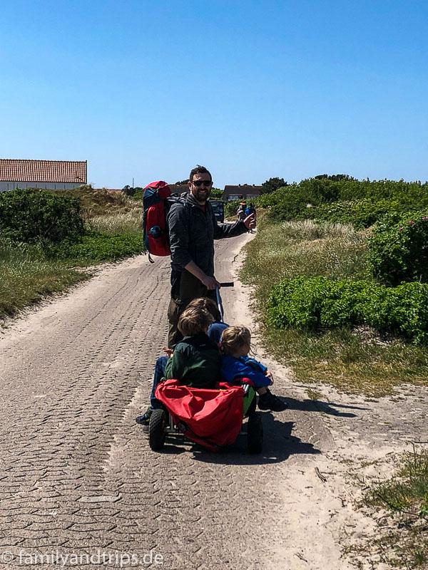 Auf dem Weg zum Campingplatz auf Spiekeroog.