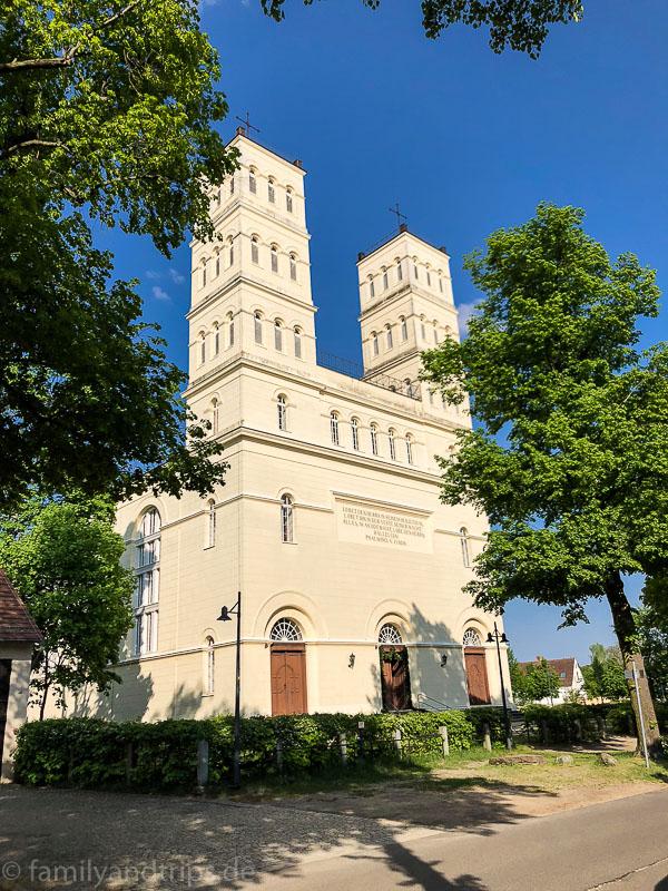 Schinkelkirche in Straupitz.